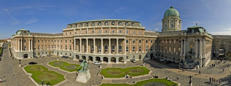imperial cities rail circle tour, Castle area Budapest Hungary to-europe.com