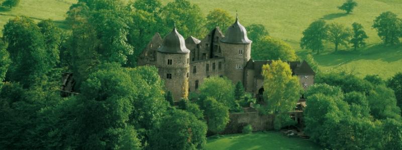 Gourmet Castle Self-Drive Tour, Sleeping Beauty Castle Sababurg Hofgeismar Germany toeurope to-europe.com