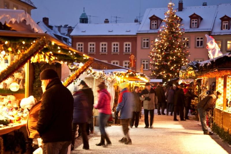 Bamberg Chritsmas Market Maximiliansplatz Germany to-europe.com