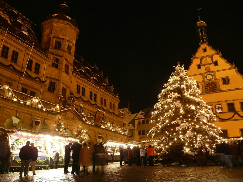 Christmas Markets in Germany & Austria | Travel to europe your way!